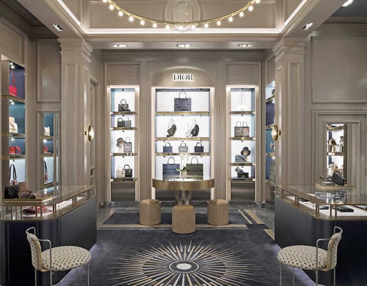 【奢侈品展柜设计】要遵循这几个原则