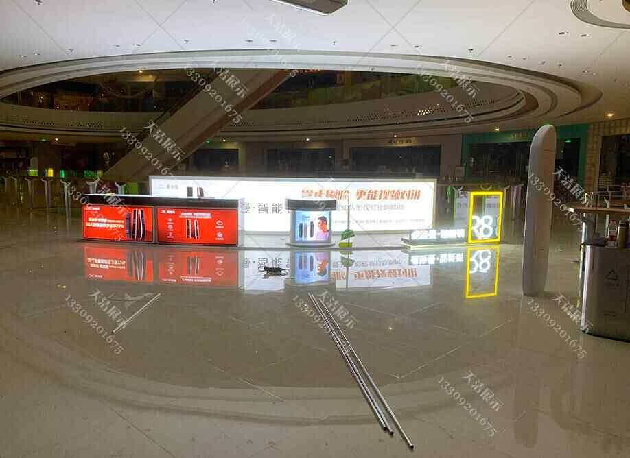大型商场对于展柜货架设计的技巧提升